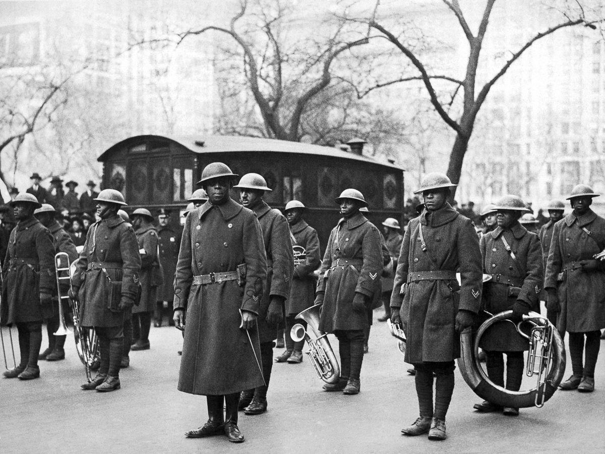 O regimento todo formado por negros na primeira guerra conhecido pela bravura apesar do preconceito 15