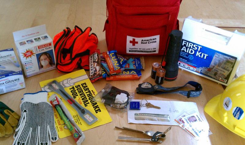 Estes são os itens básicos de uma mochila se uma bomba nuclear cair perto de onde você vive