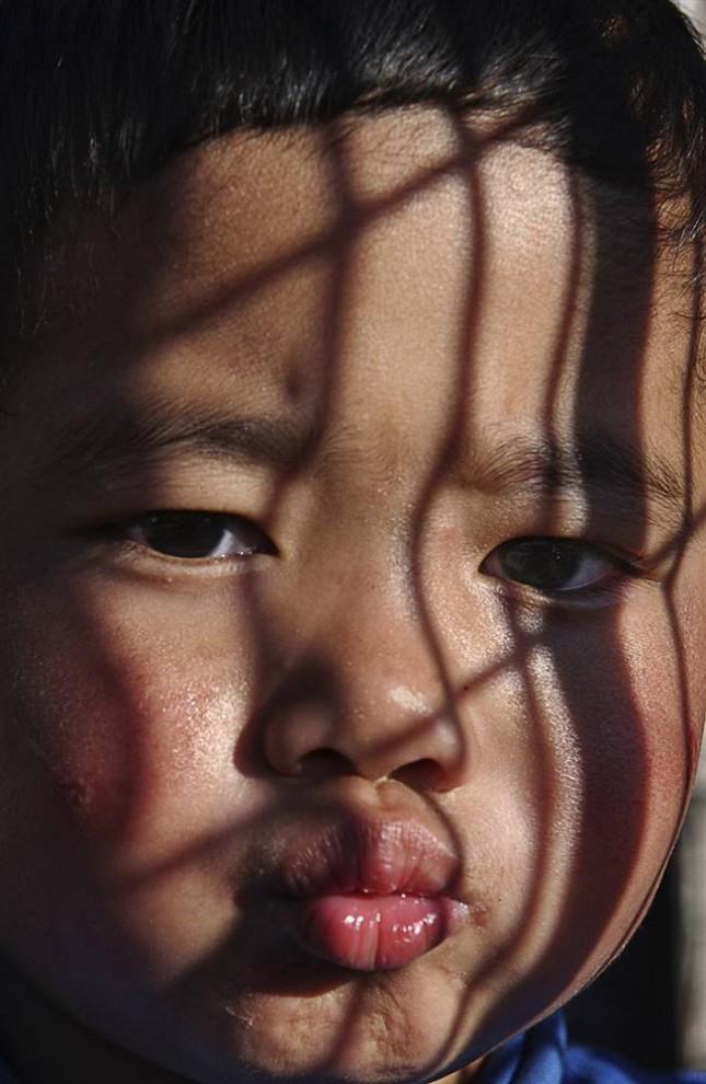O poder do sol invisível - Os filhos da Guerra 07